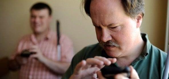 blind-user-using-smartphone