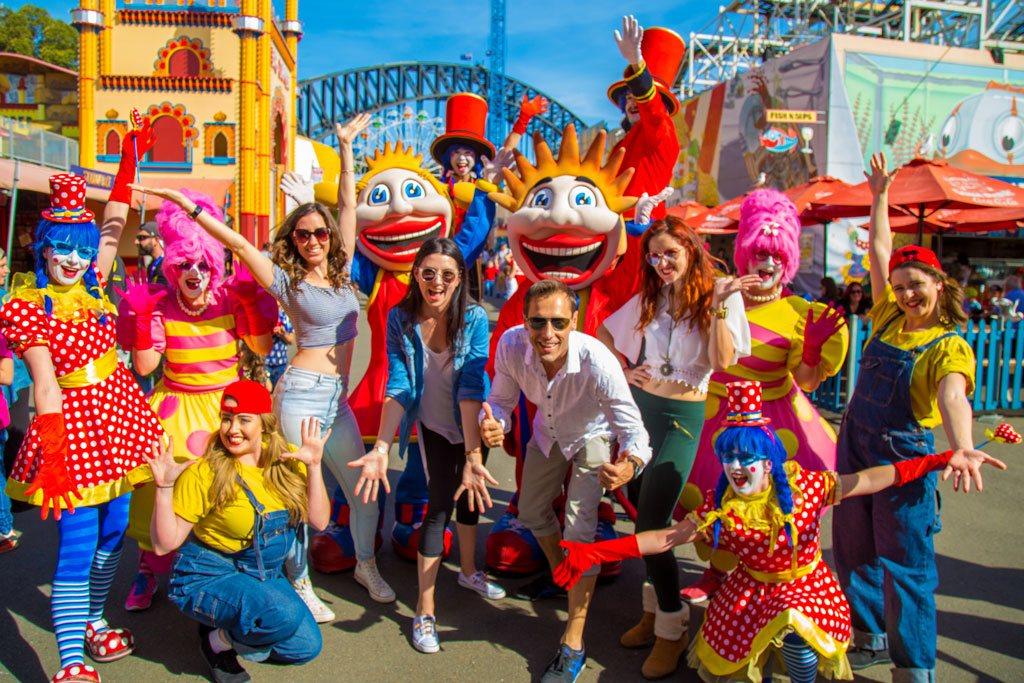 Luna Park characters
