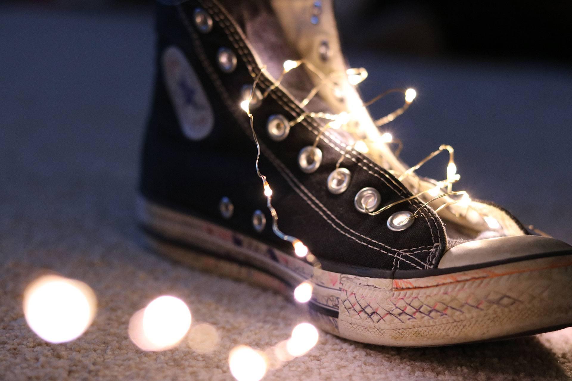 shoe-lights-close-up